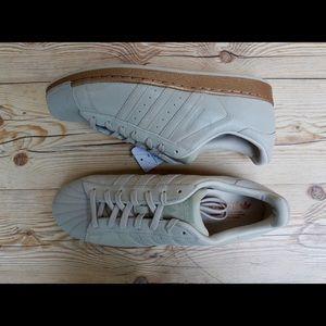 8db0b0149cc88 Adidas Originals Superstar Cream Gold Men s Sz 11